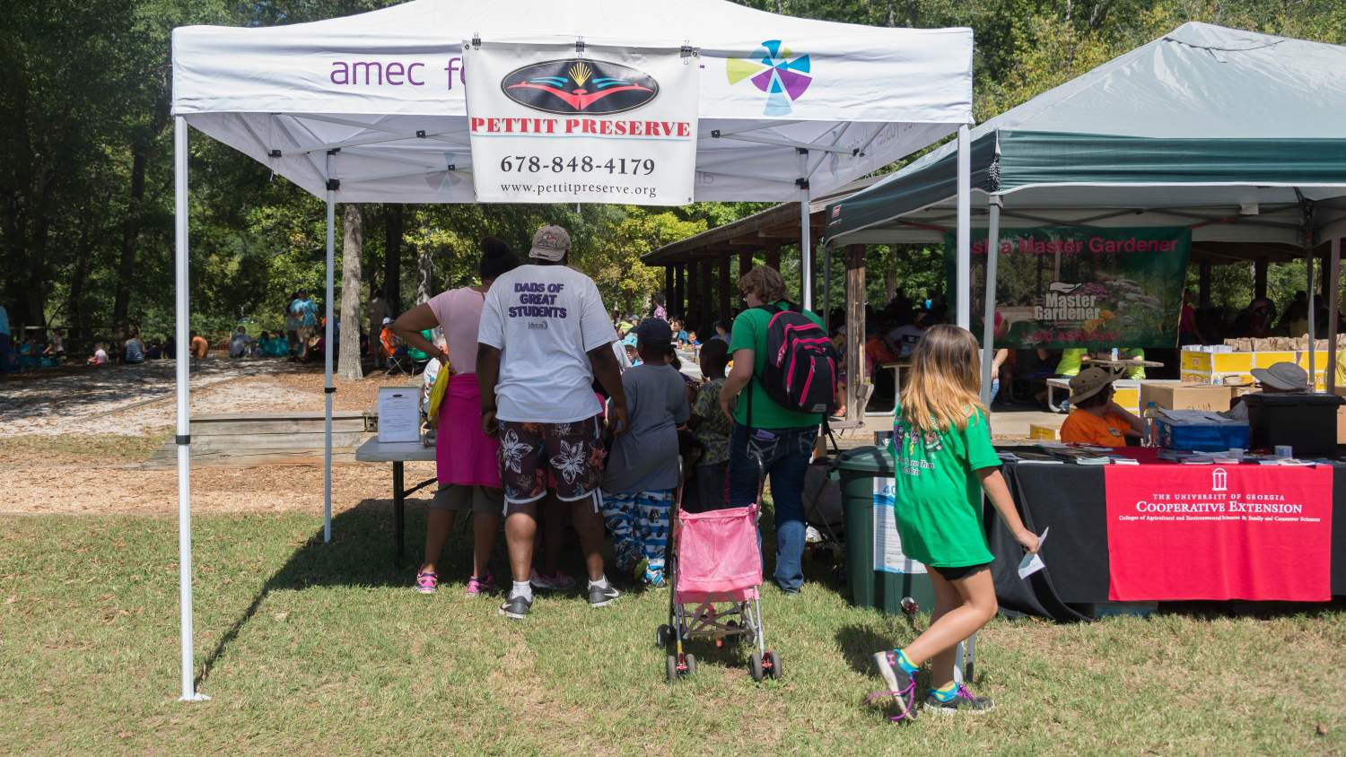 Family enjoying activities at Great Lake Allatoona Clean Up