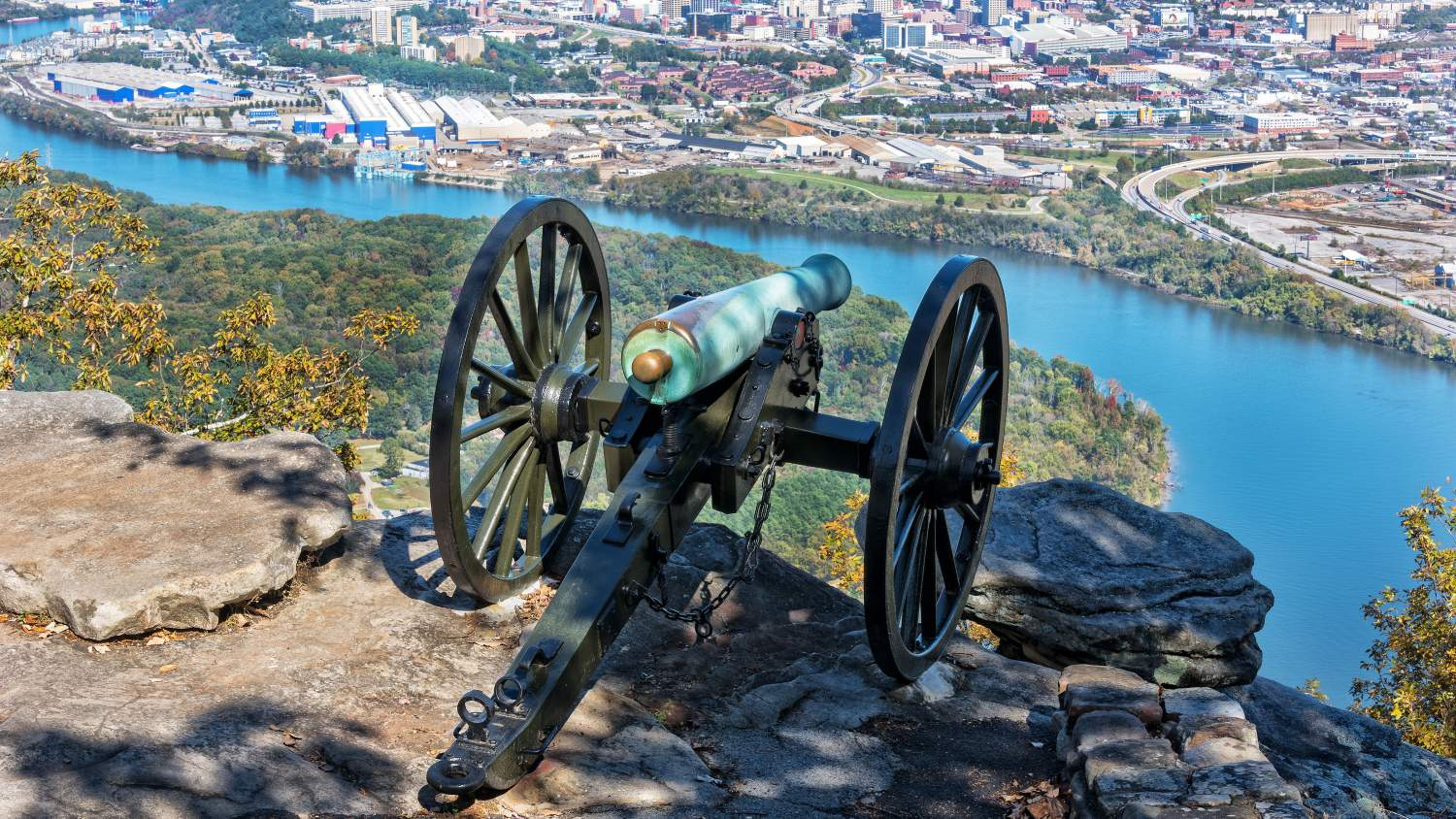 Cannon overlooking Chattanooga at Moccasin Bend National Park