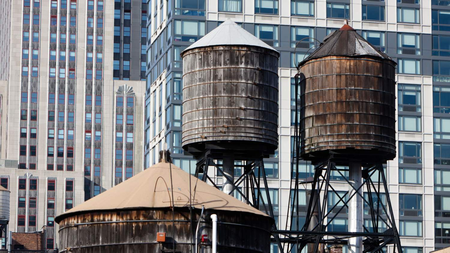 Water Tanks in New York, NY