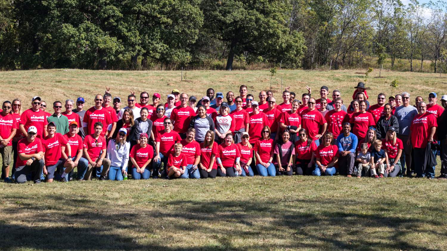 Group photo of volunteers for NPLD at LeRoy Oakes, St. Charles, IL