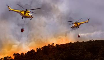 Helicopters fighting wildfires