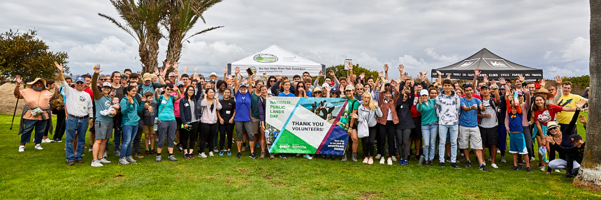 San Diego River Mouth volunteers at the 2019 NPLD event